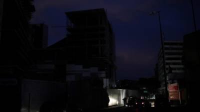 Apagão afecta Caracas e 11 estados da Venezuela