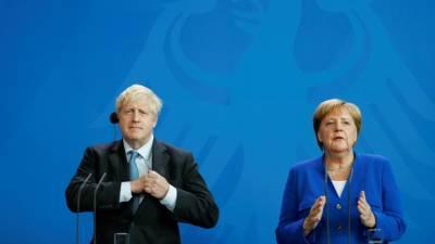 Boris rejeita solução prevista no acordo do Brexit para fronteira da Irlanda