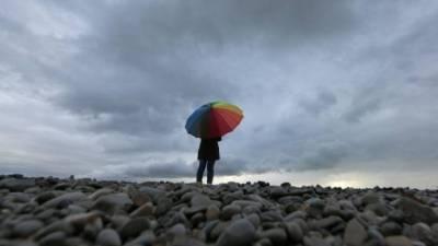 Chuva para arrefecer os ânimos, apesar do calor, em pleno dia de reflexão
