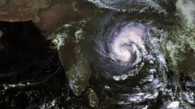 Ciclone Bulbul leva à retirada de 1,5 milhões de pessoas