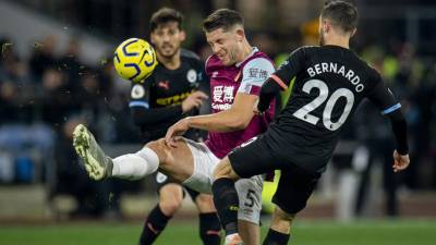 Duas assistências de Bernardo Silva na vitória do Manchester City em Burnley