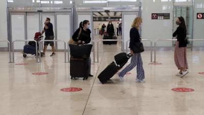 Espanha soma 54 casos importados a horas da abertura do espaço aéreo na União Europeia
