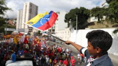 Forças de segurança dispersam protestos em Caracas