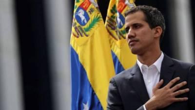 Governo venezuelano acusa Guaidó de ligação a criminosos colombianos mas ele contesta