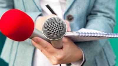 Jornalistas manifestam-se no Paquistão contra censura e despedimentos