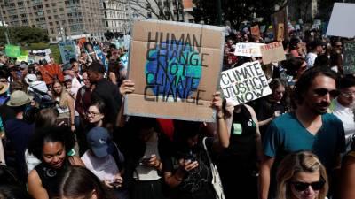 """Jovens mobilizam-se para """"greve mundial"""" contra as alterações climáticas"""