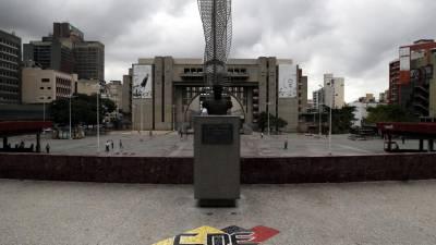 Mais de 30 mil estudantes foram recrutados por grupos armados na Venezuela