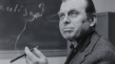 Publicado conjunto de ensaios inéditos em Portugal do Nobel polaco Czeslaw Milosz