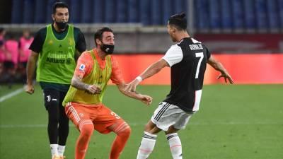 Ronaldo ajuda Juventus a vencer em Génova