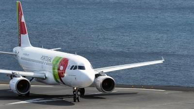 """Voo da TAP com destino à Madeira cancelado por """"motivos operacionais"""" após horas de espera no avião"""