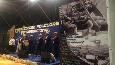 XVII Encontro de Folclore do Porto Santo encheu Praça do Barqueiro